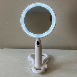 Conair Reflect Foldable Light Up Travel Mirror